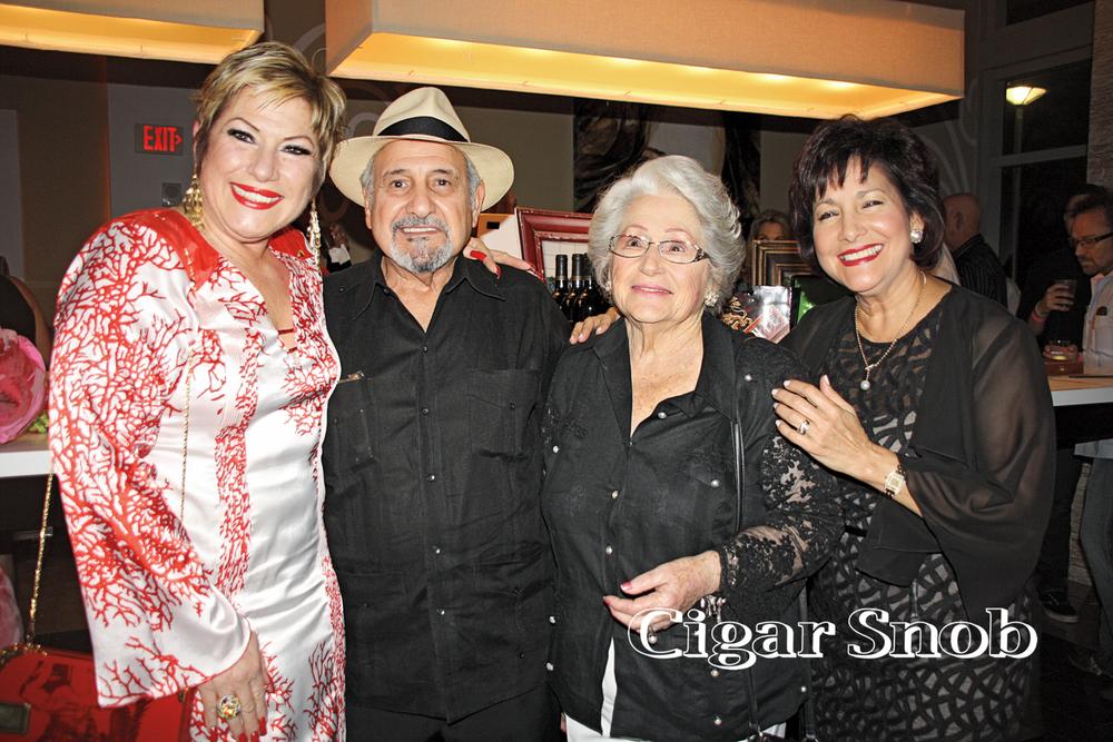 Berta Bravo, Carlos Fuente, Sr., Berta González and Cynthia Fuente