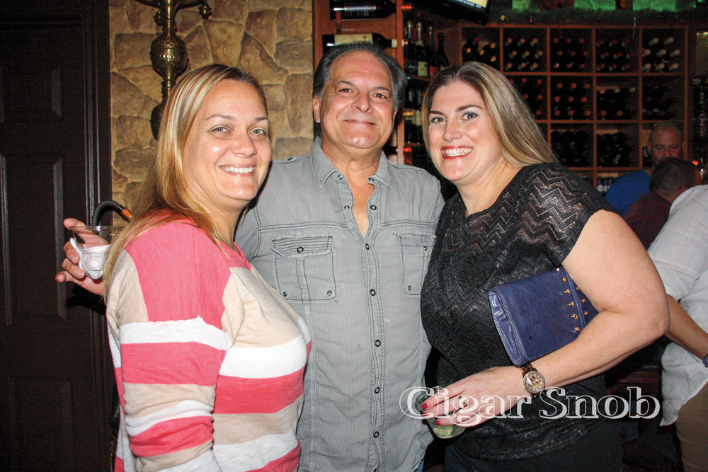 Ivette Pérez, Emilio Pérez and Michelle Simon
