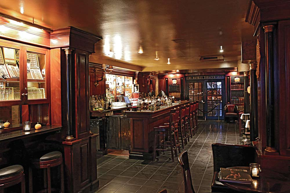 Lexington Bar And Books Cigar Snob Magazine