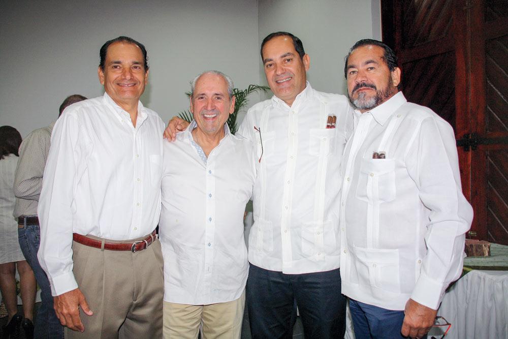 Eduardo León, Néstor Miranda, Guillermo León and Manuel León