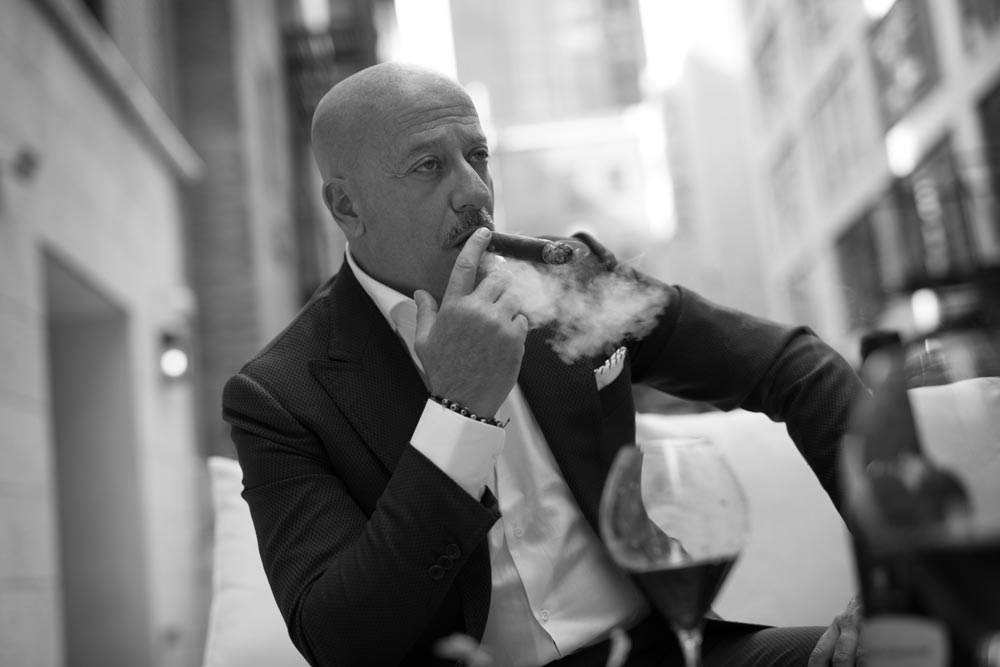 Domenico Vacca smoking a Padrón 7000 paired with Italian wine (photo: Martin Crook)
