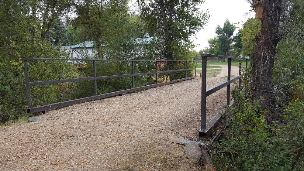 Bridge gaurd rail 2.jpg