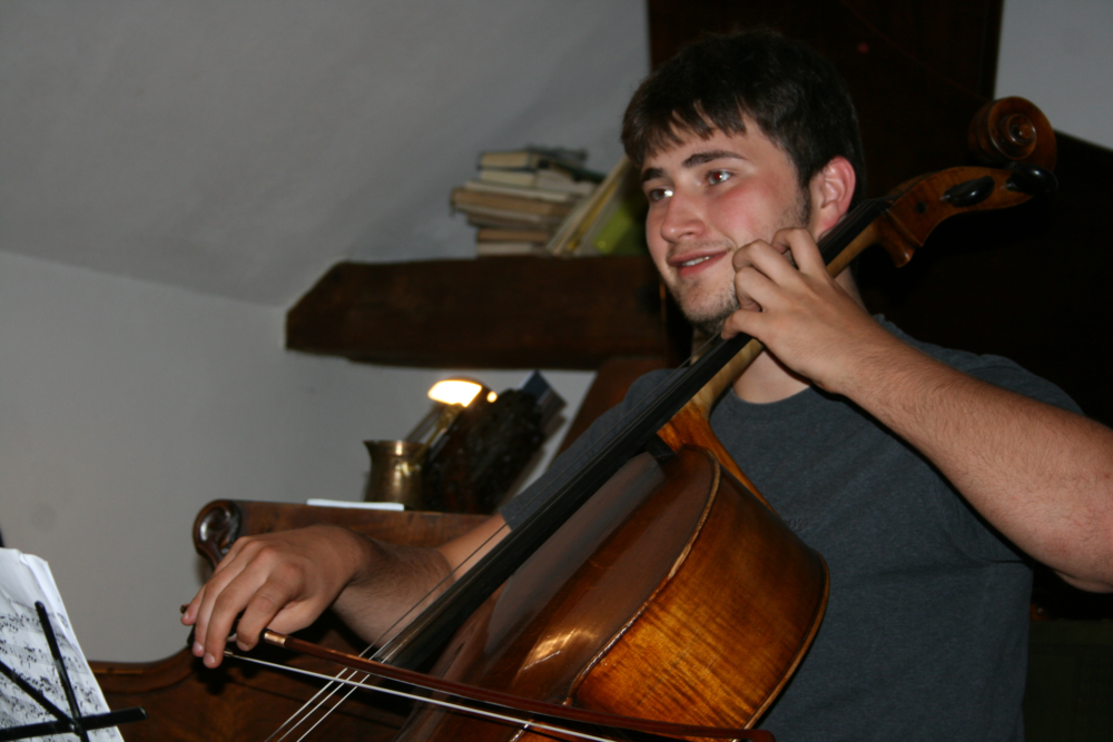 NENAD USKOKOVIĆ, 21 Jahre, Student, MHS Detmold