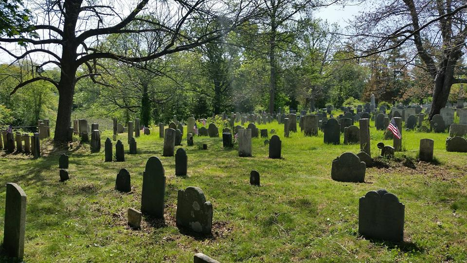 first parish burying ground.jpg
