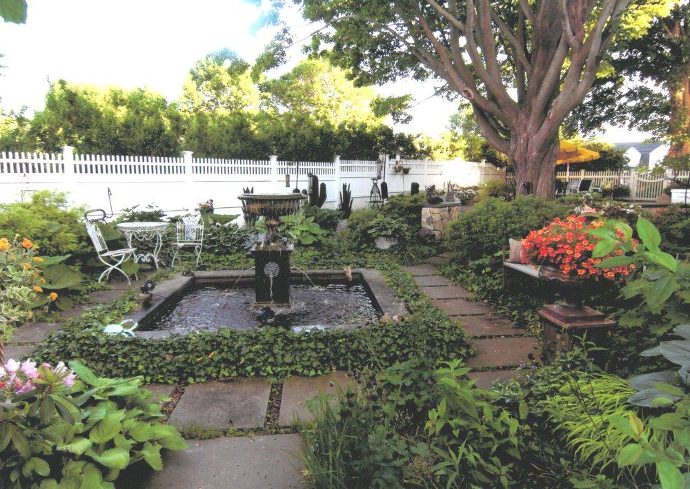 Beth Welch & Chuck Christensen Garden