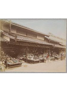 p-0561-market-scene_00.jpg
