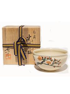 C-ninsei-tea-bowl-plum-flower-650_00.jpg