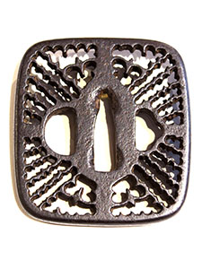 SD-0078_00_Japanese-Sword-Guard-Tsuba-105x142.jpg