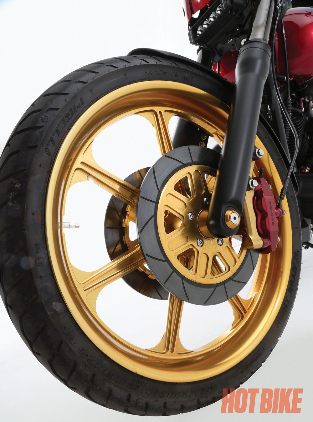 hotbike-alloy-art-2011-dyna-07.jpg
