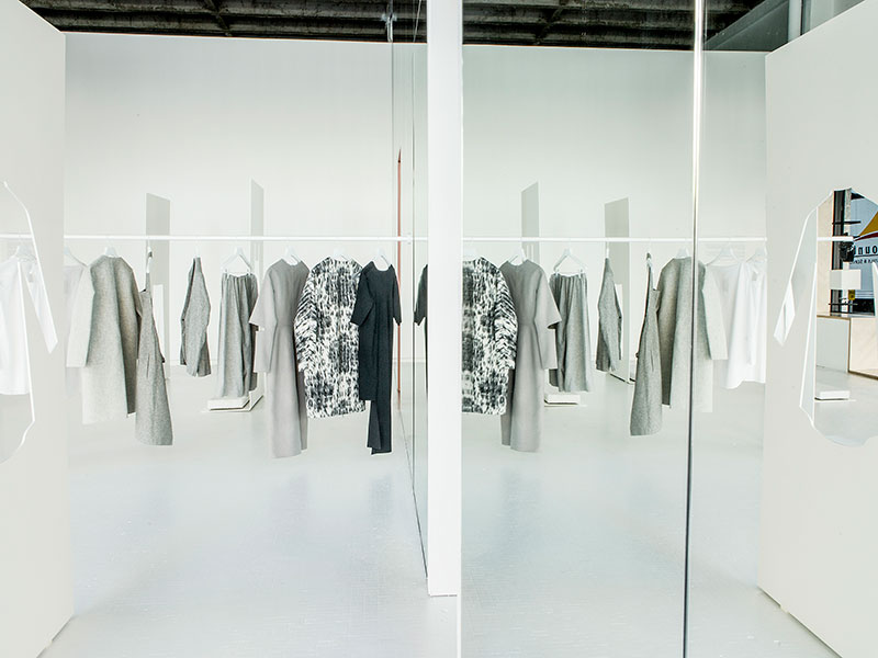 COS Pop Up, Los Angeles USA - Snarkitecture (www.nikkiweedon.com)