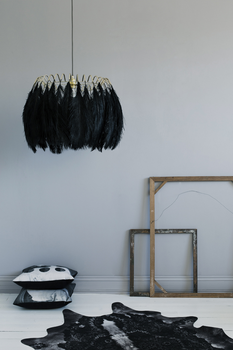 feather_pendant_lamp_black72ppi__22846.1450449970.1280.1280.jpg