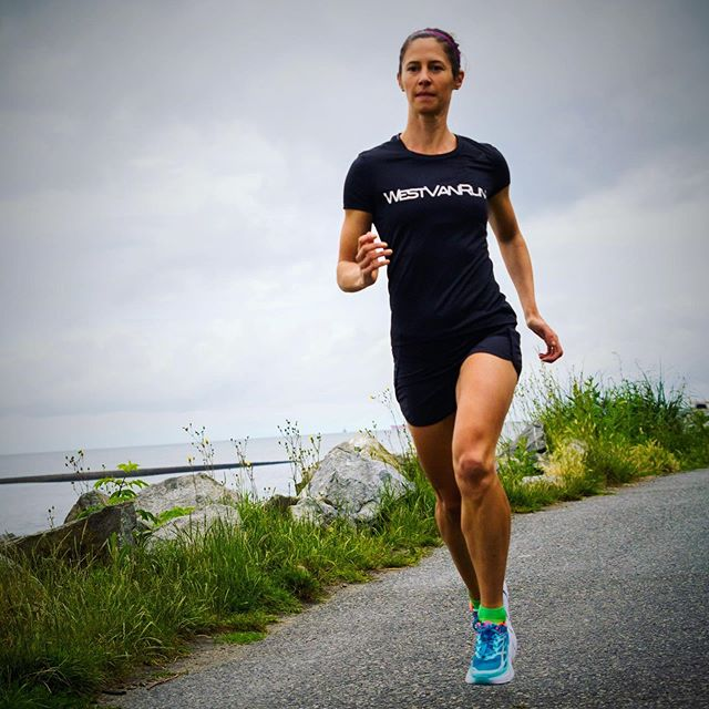 I was excited to race the @westvanrun this weekend, but some niggles have crept up, so I'm going to have to be sensible and sit out. I'll back off for a bit, recover and hopefully be back stronger! . 📷 @jeannineavelino #rest #recovery #physio #rehab #waterrunning #workinprogress #keepmovingforward