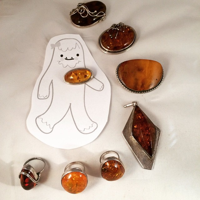 New to the shop - vintage amber pieces - they'll be making their appearance at #GWI