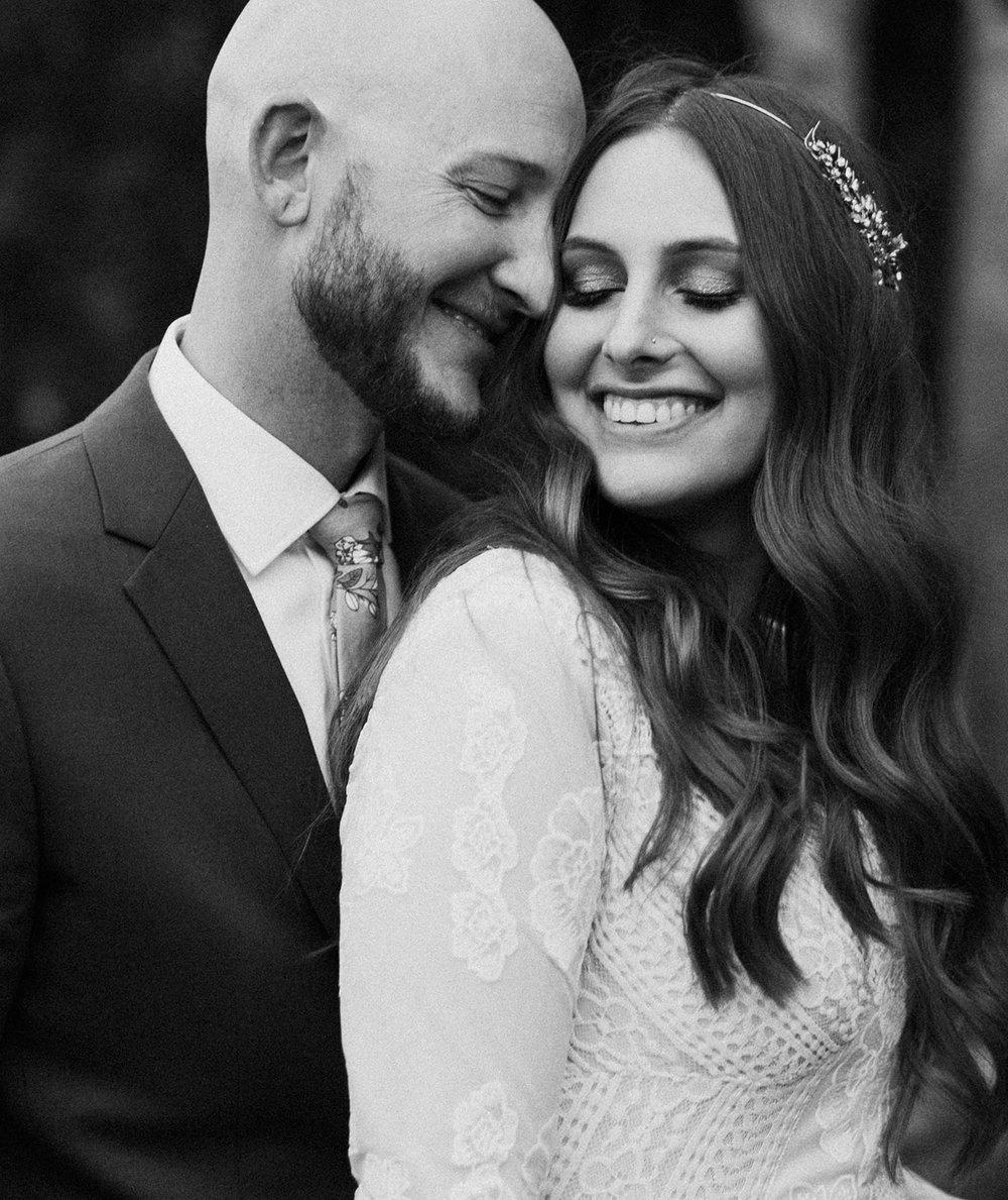 Carolyn_Travis_Wedding_IndiaEarl_BigSur_572.jpg