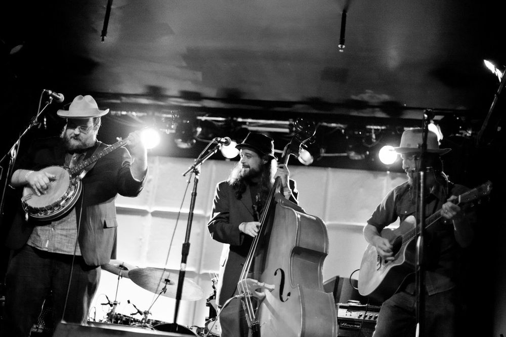 The Howlin' Brothers @ The Grand Ole Echo