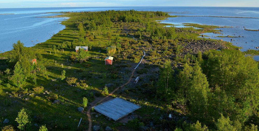 Vielä tuhat vuotta sitten koko Selkäsarven saarta ei ollut olemassa. Entinen merivartioston torni tarjoaa harvinaisen näkökulman.