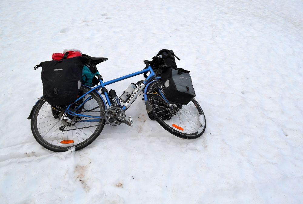 Kesäpyöräilyä Pallaksella pari päivää ennen juhannusta.
