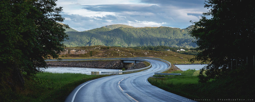 Windy stretch of the Atlantic Road.