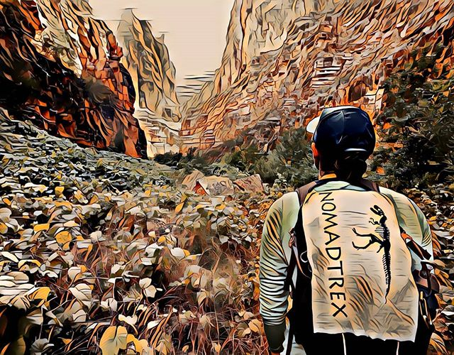 Get out and Give back. When ever you go for a hike bring an extra bag for trash you find on the trail #leaveitbetter #havasucreek #hike #nomadtrex #getoutandgiveback #naturedeservesrespect