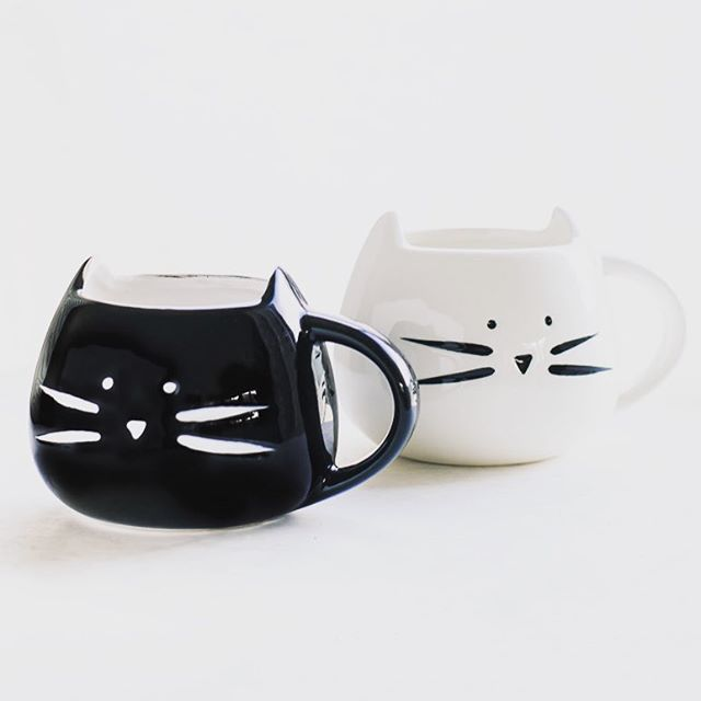 Style your coffee each morning with one of our super cute cat mugs! Link in bio 😻 . . . . . . #coffee#coffeelove#coffeetime#mug#mugs#cat#cats#catsofinstagram#catlovers#ceramic#tazasconencanto#tazascreativas#vsco#vscocam#nyc#ny#shopping#neverstopexploring#adventure#pretty#gift#gifts