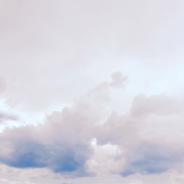 Pretty spring skies 😍 . . . . . . . . #cloud#clouds#nubes#sky#cielo#vsco#vscocam#whp#lovely#pretty#cool#neverstopexploring#adventureisoutthere#ny@nyc#newyork#beauty#citysky#cityscape#bluesky#instagood