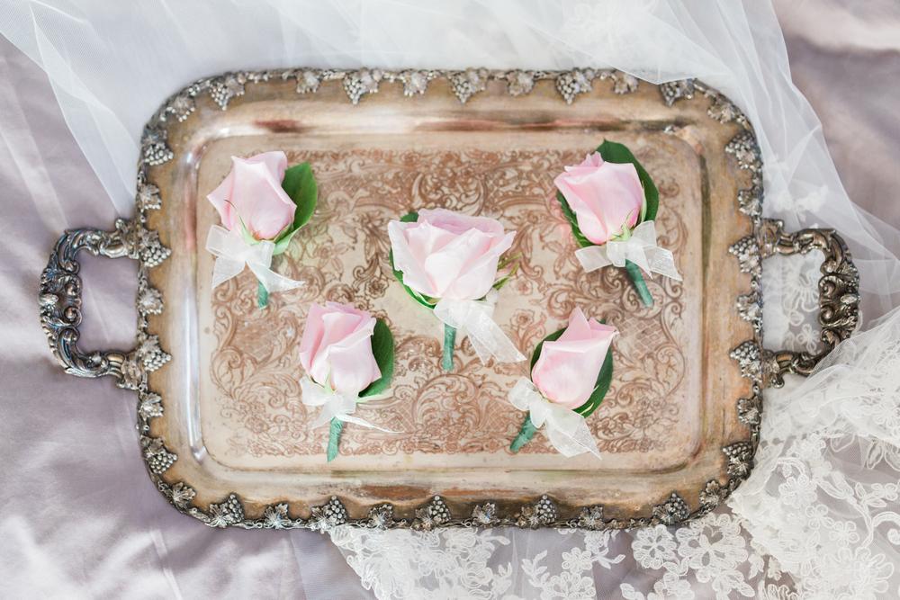 Cari Zhu Photography - Alexander Muir Gardens Wedding - Groom Getting Ready-8605.jpg