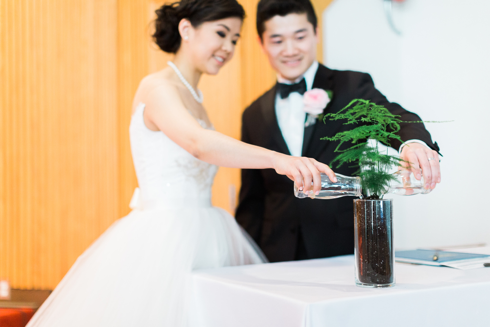 Cari Zhu - Toronto Fine Art Wedding Photographer - Church Ceremony-9762.jpg