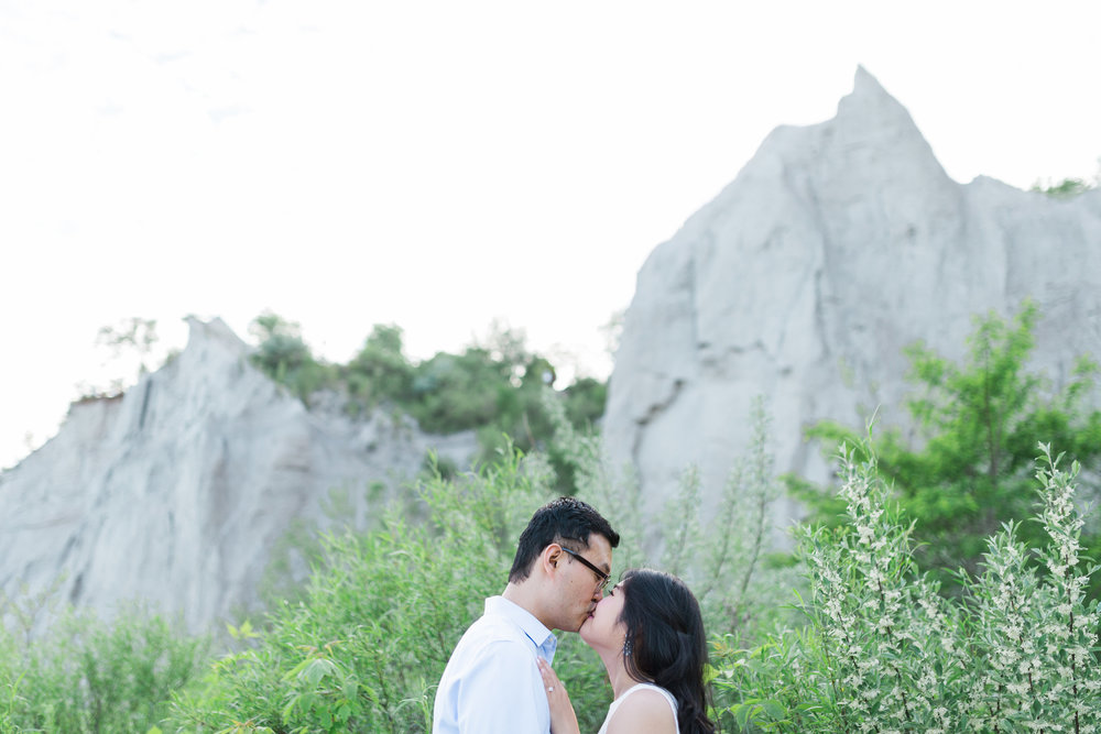 ScarboroughBluffsEngagementSession-1617.jpg