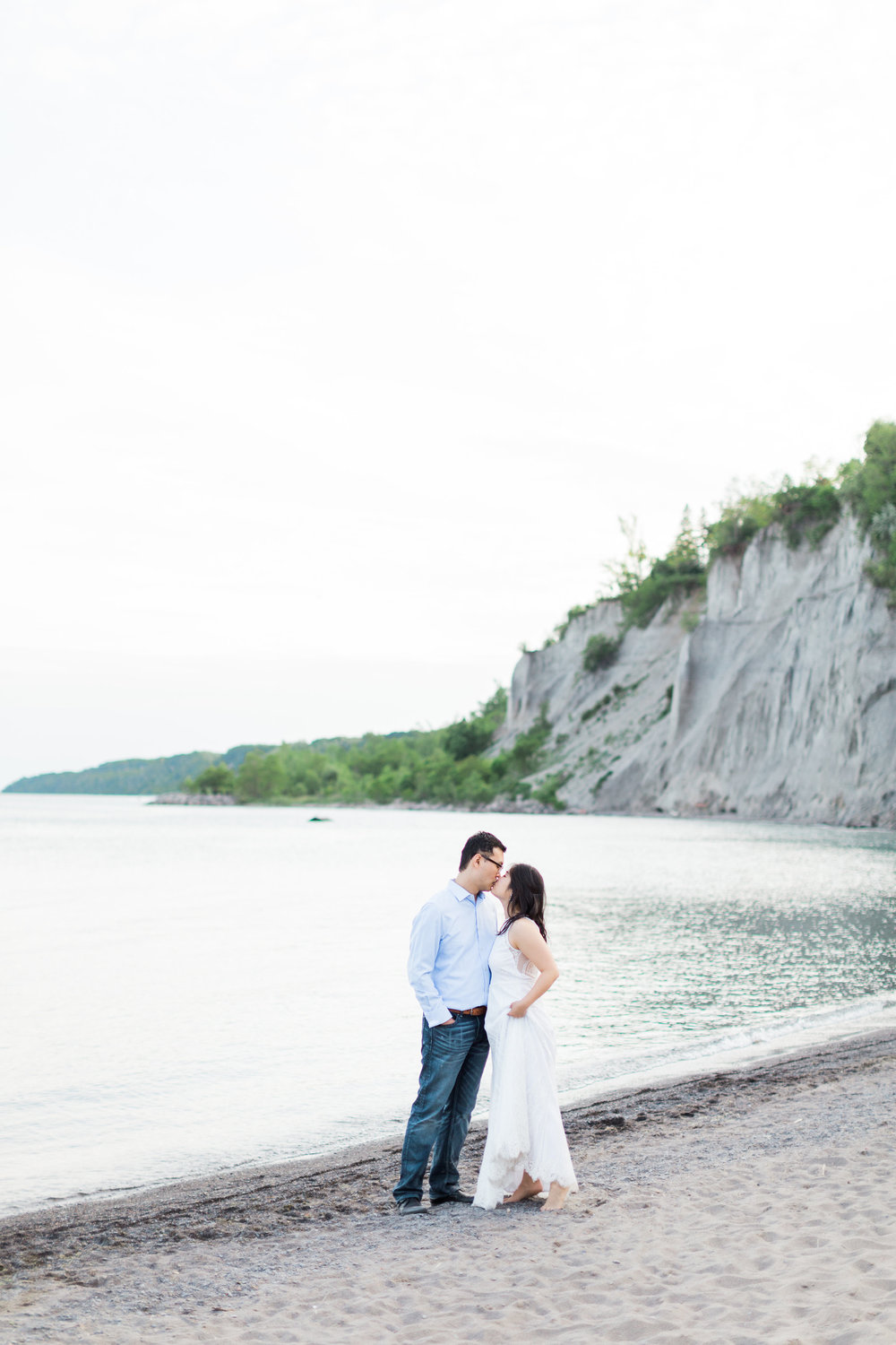 ScarboroughBluffsEngagementSession-1723.jpg