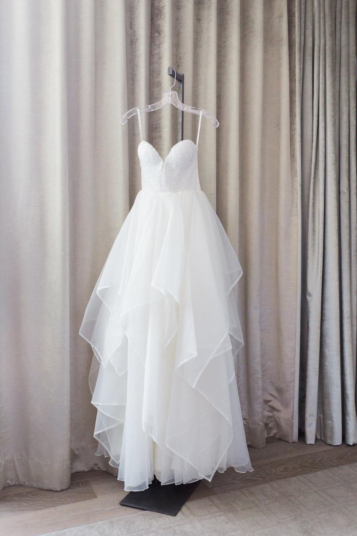 Toronto Fine Art Photographer - Four Seasons Yorkville Wedding - Bride Getting Ready-7.jpg