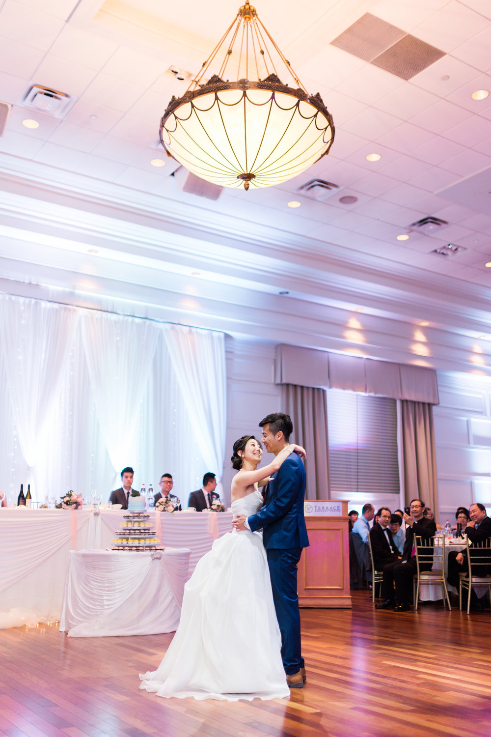 Toronto Fine Art Photographer - Terrace Banquet Hall Wedding - Reception-73.jpg
