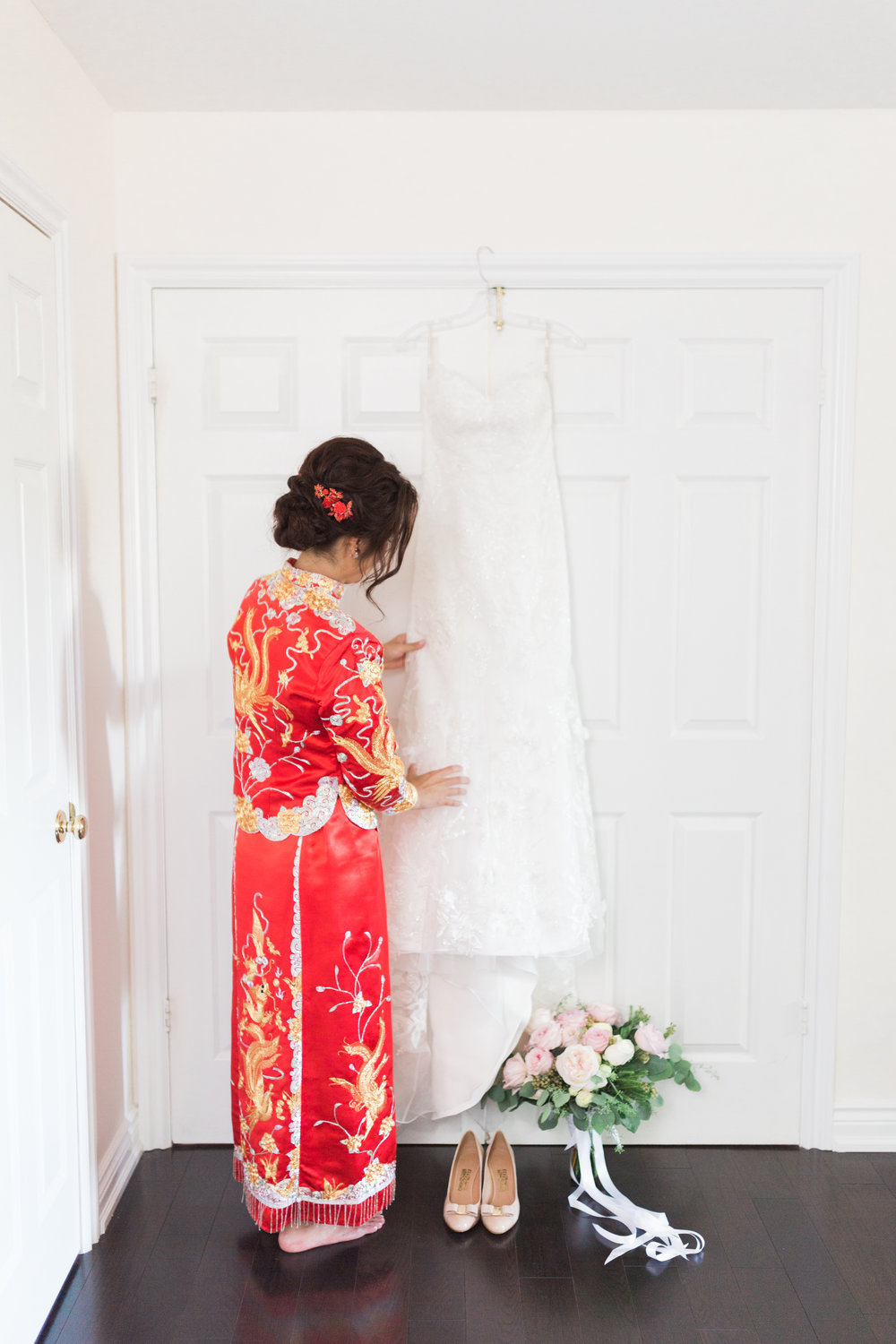 3. The Warehouse Venue Wedding - Bride Getting Ready-1.jpg