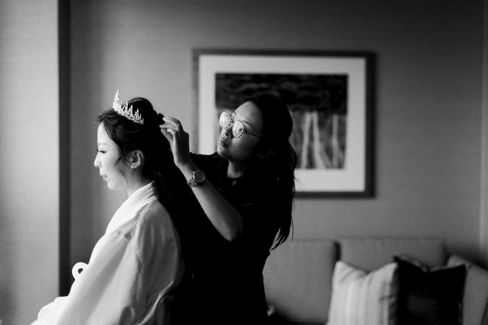 Parkview Manor Wedding - Bride Getting Ready-8.jpg