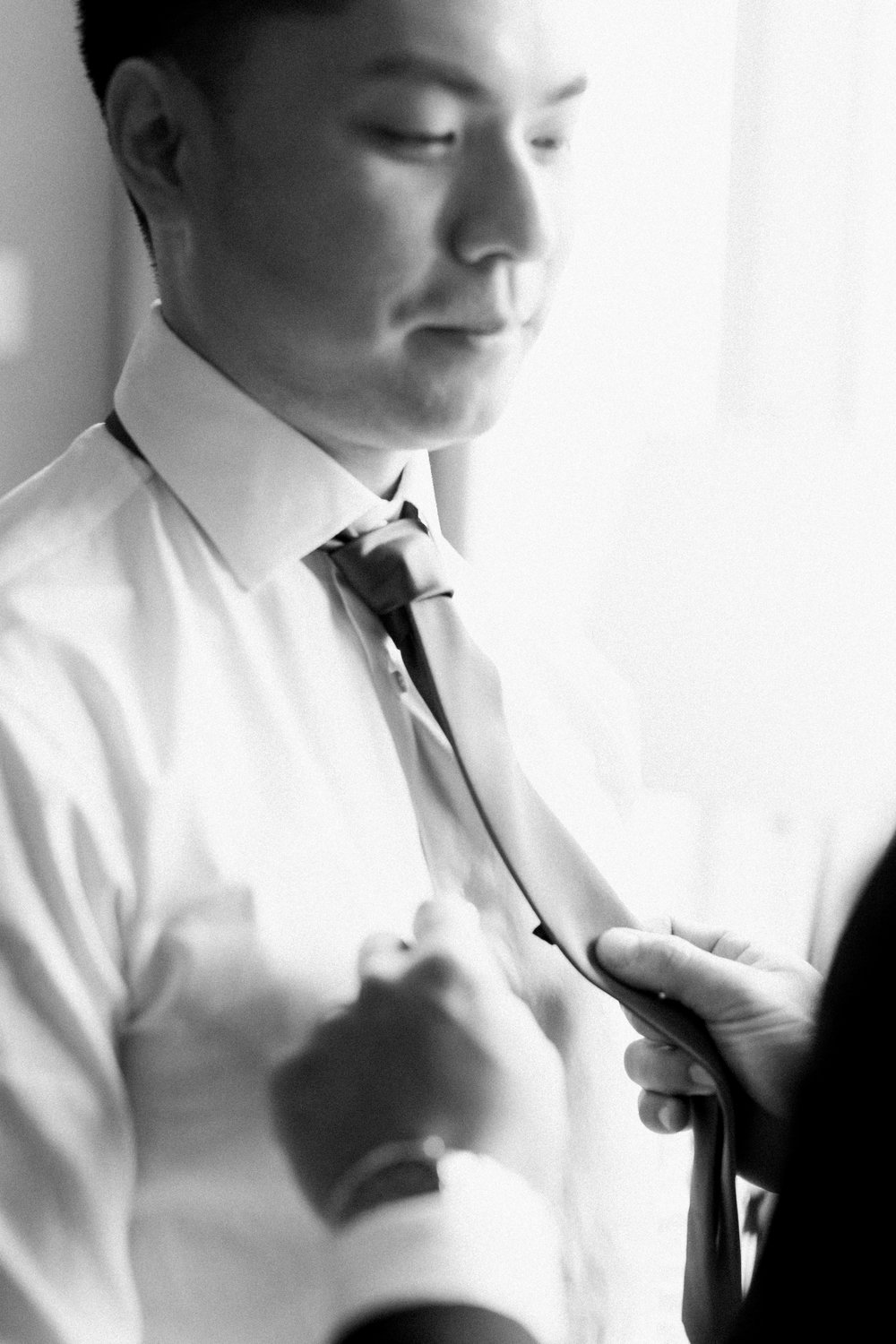 Parkview Manor Wedding - Groom Getting Ready-10.jpg