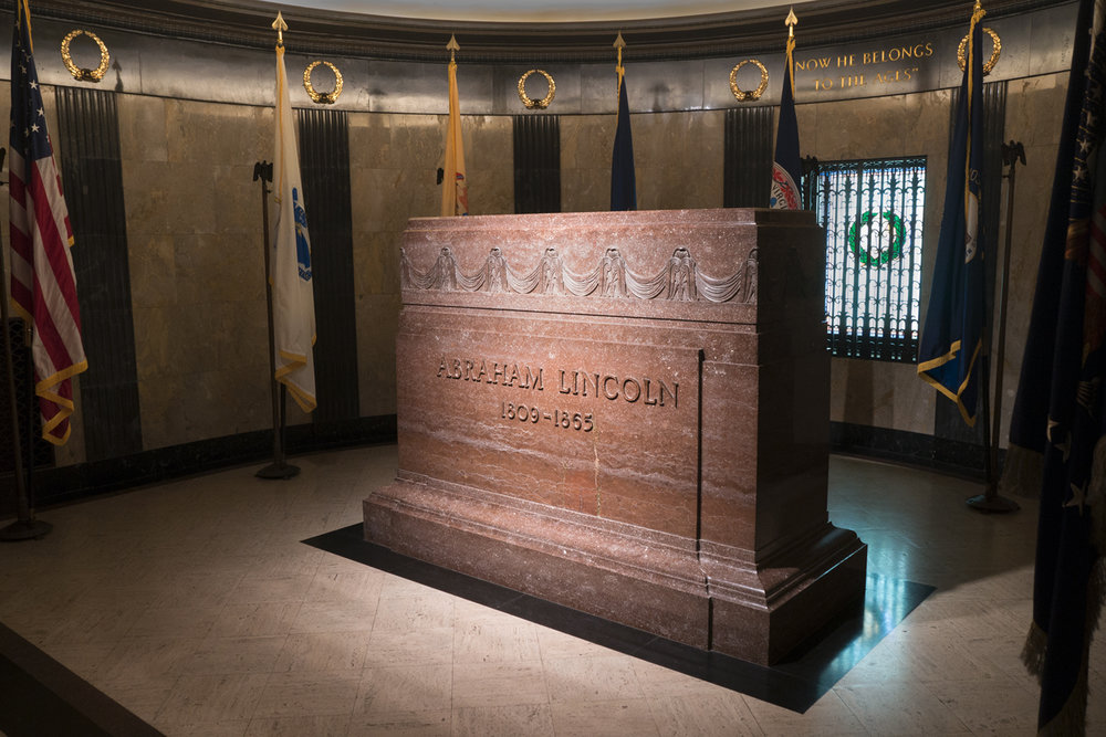 Tomb of Abraham Lincoln Springfield, Ill.