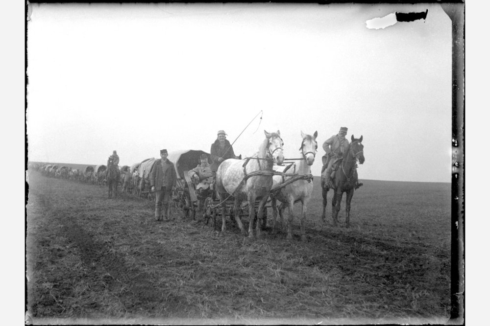 WWICzech-Slovak convoy. Count Burian riding in the buggy.