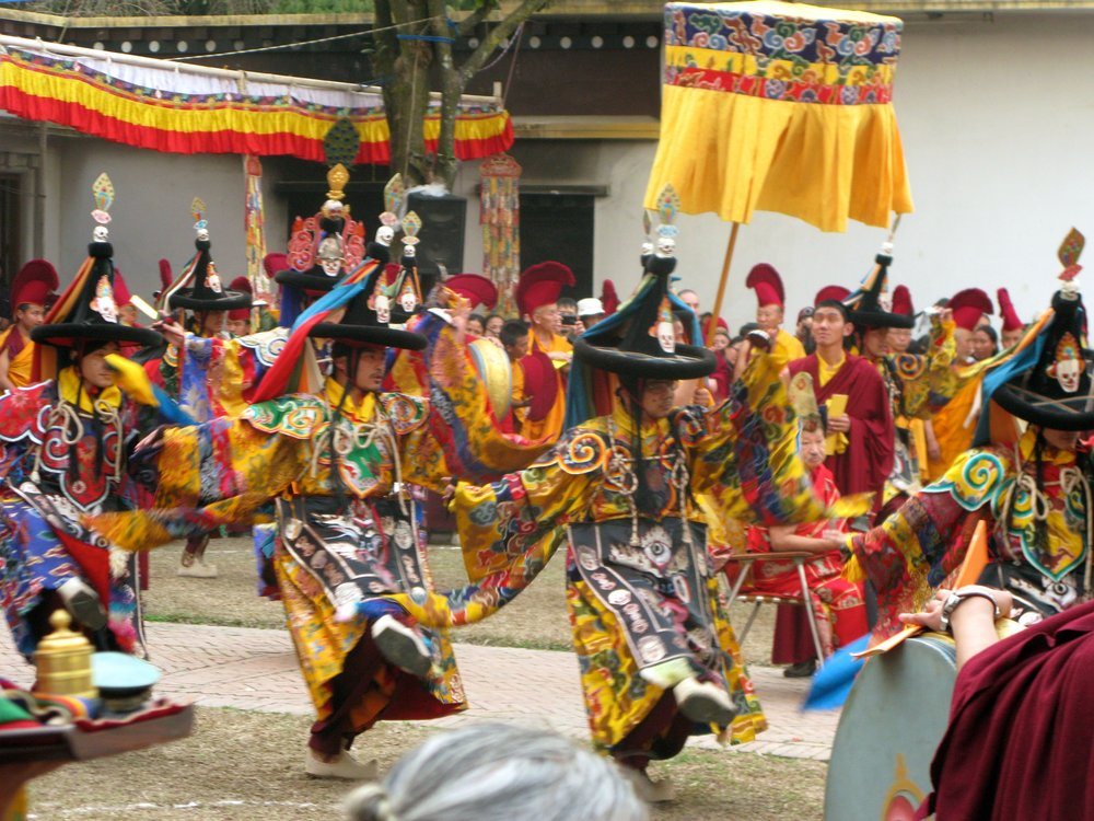 lama dancing KNSL.jpg