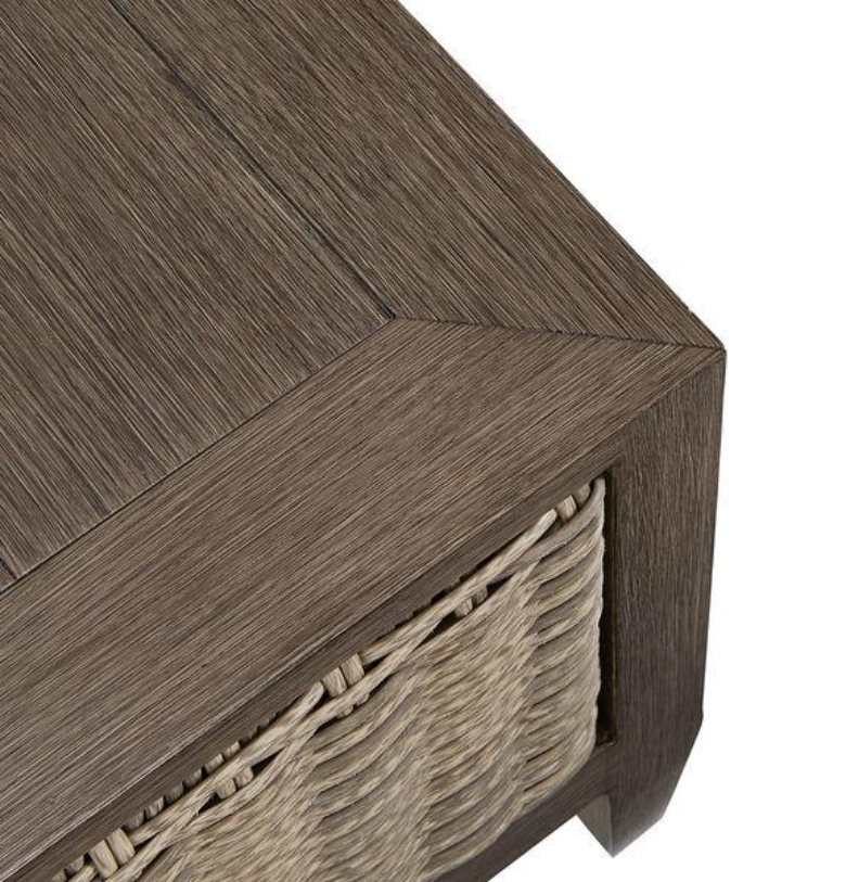 SUMMER CREEK END TABLE CLOSE UP