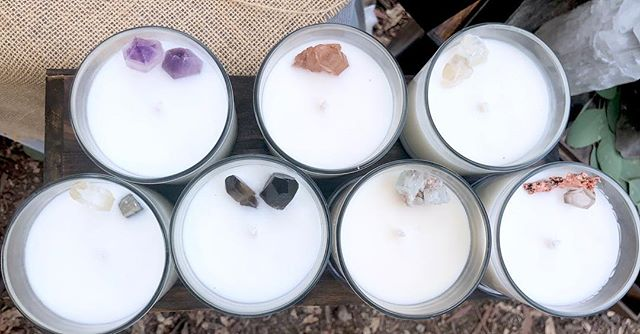 Brand new crystal candles hand poured this week! Message for ordering ✨
