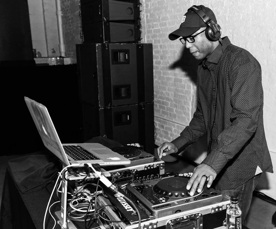 DJ Squeeze.jpg