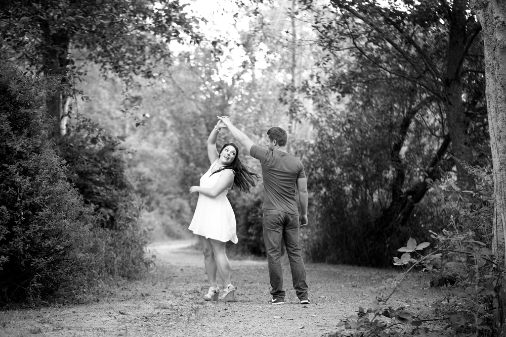 Chris  Samm Engagement-143-2.jpg