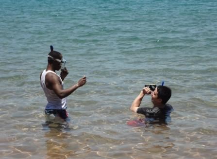 Snorkeling with Amani at Jakobsen's beach