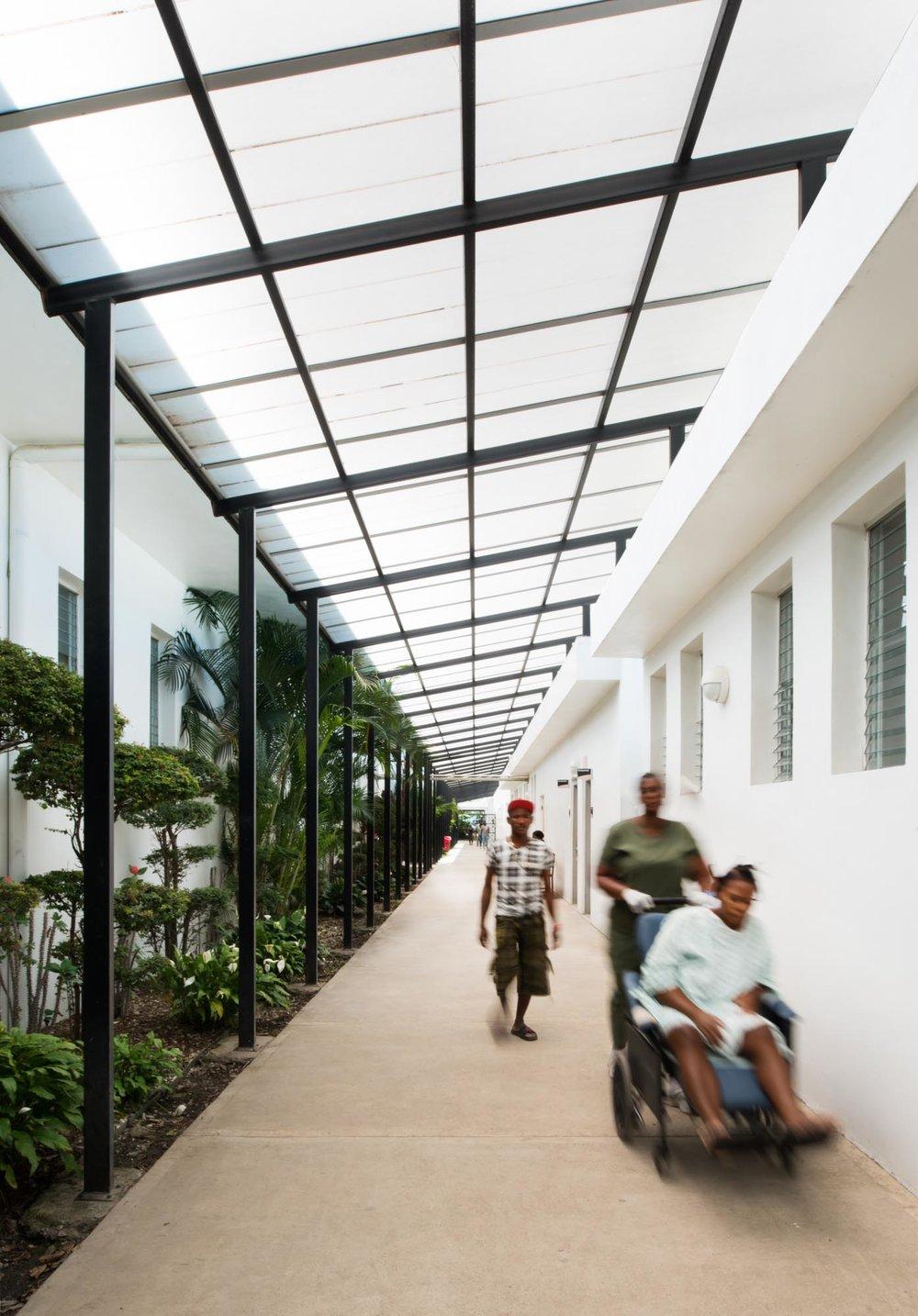 HUM knk08 corridor v1 web.JPG