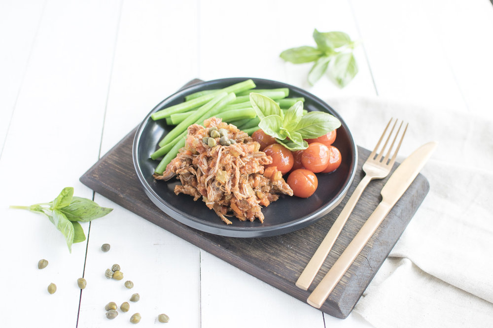 Braised beef with cherry tomatoes and green beans