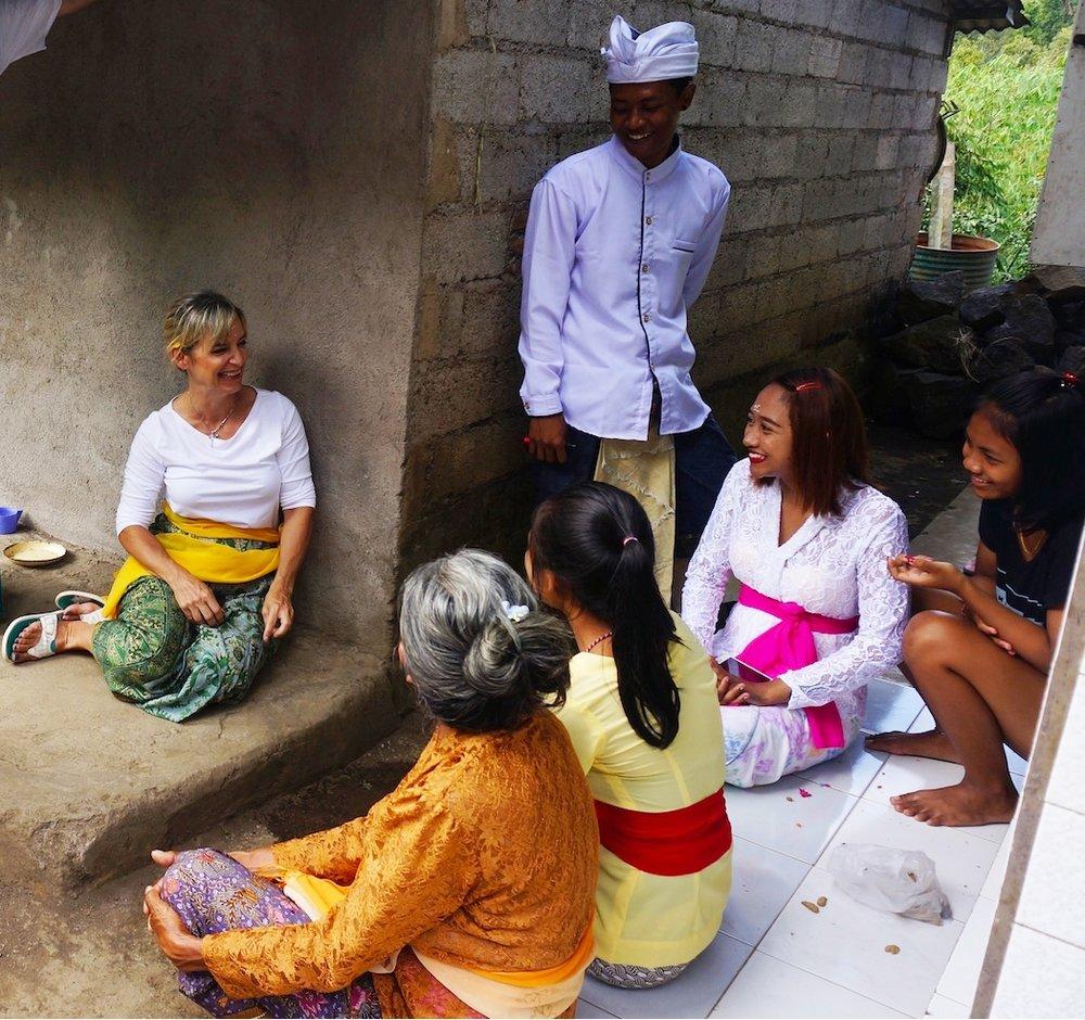 Bali_LocalFamily1.jpg