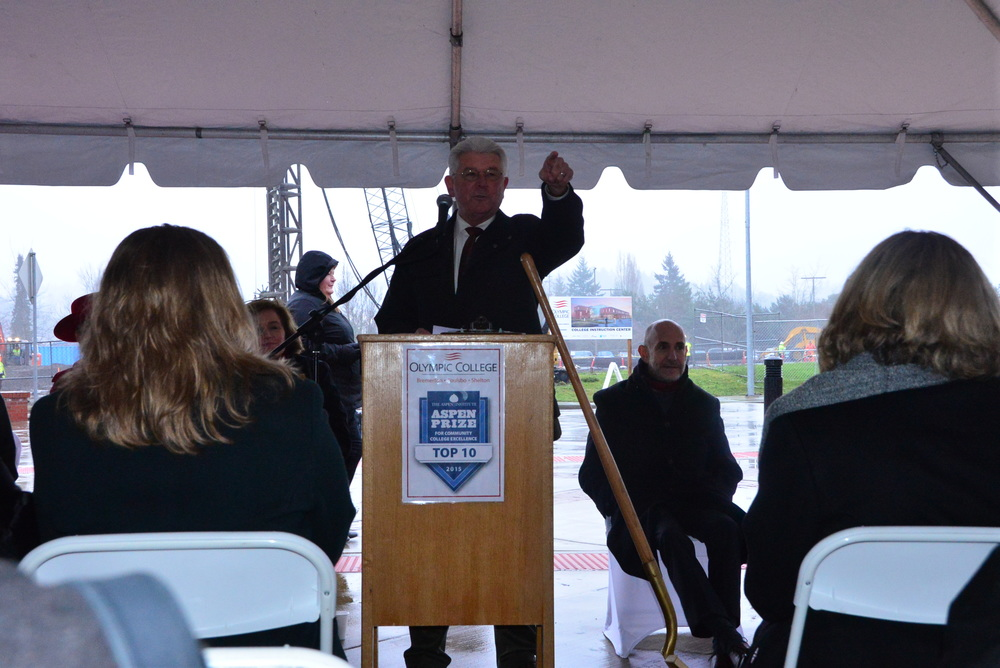 President Mitchell speaking before the groundbreaking