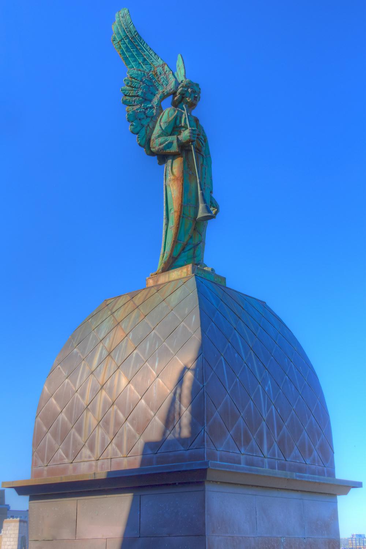 20140927_Notre Dame de Bonsecour Chapel_IMG_6191_90_89_88_87hdr-M.jpg