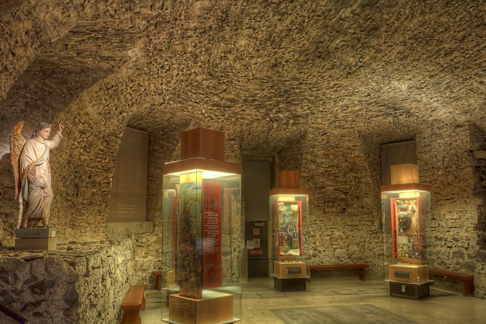 20140927_Notre Dame de Bonsecour Chapel_IMG_6216_5_4_3_2hdr-M.jpg