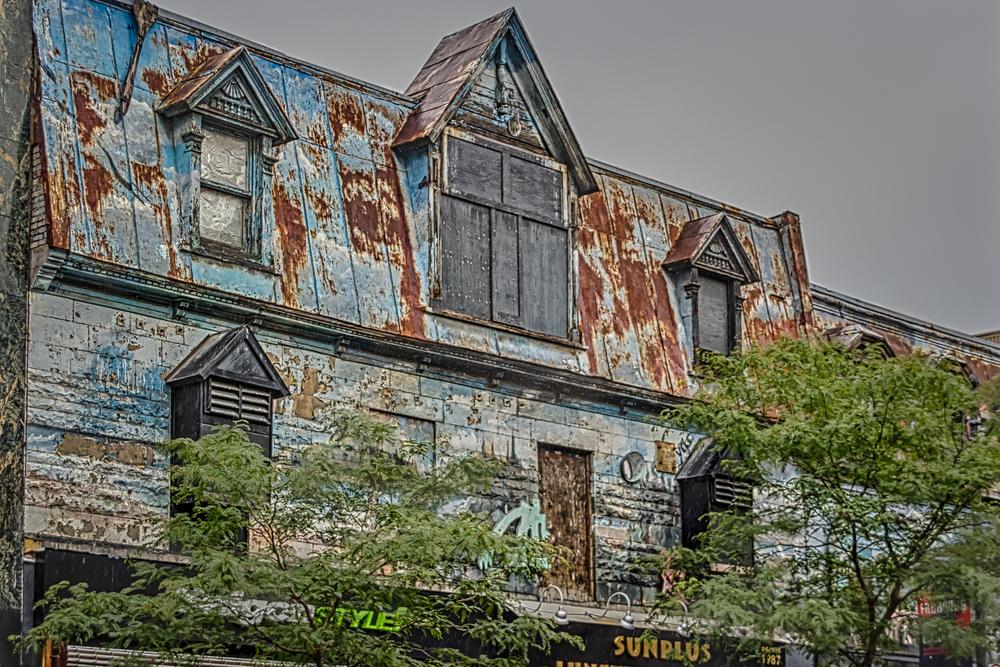 20140816_Grafitti and Architechture - Latin Quarter_IMG_5684_HDR-M.jpg