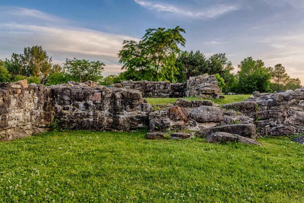 20140628_Historic Site Coteau du Lac_HDR-M.jpg